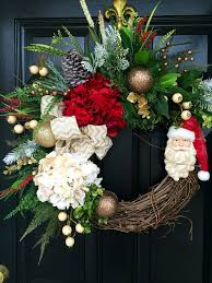 Artificial Christmas Wreaths To Be Decorated by Best 25 Santa Wreath Ideas On Pinterest Diy Door Wreaths