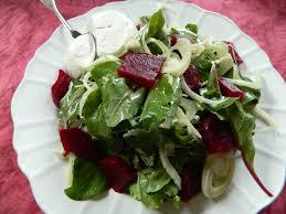 cuisiner du fenouil frais salade de pousses de betterave betterave fenouil et fromage frais