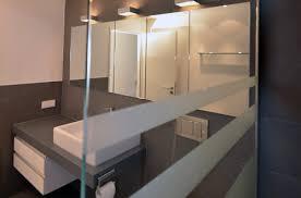 kleines badezimmer renovieren ausbaupraxis ein kleines bad renovieren nasszelle mit großem