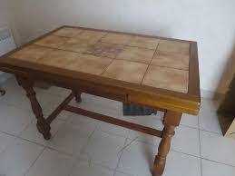 table cuisine et chaises table cuisine chaises offres mai clasf