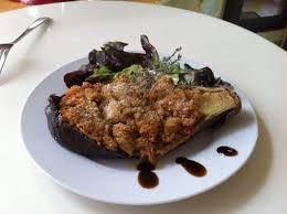 cuisiner l aubergine à la poele recette aubergine farcie au thon la recette facile