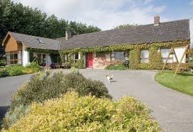 Ireland Bed And Breakfast The Bungalow Farmhouse In Freshford Co Kilkenny B U0026b Irel U2026 Flickr