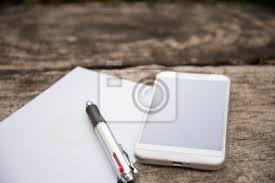 bloc note sur bureau stylo et bloc notes sur le bureau en bois stickers pc portable