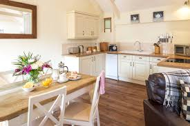 Kitchen Design Cornwall Quakers Our Self Catering Holiday Cottages In Cornwall