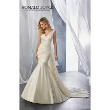 wedding dress for sale ronald joyce sle sale wedding dress 18070
