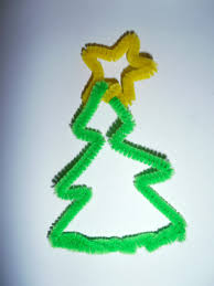 crafty free christmas pipe cleaner decoration ideas