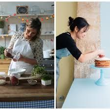 femme en cuisine 32 femmes qui font vivre la cuisine d aujourd hui grazia