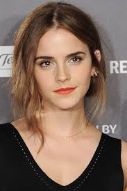 emma watson u0027s best hairstyles emma watson haircuts and hair color