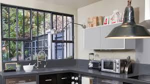 cuisine peinte en gris couleur de faience pour cuisine moderne
