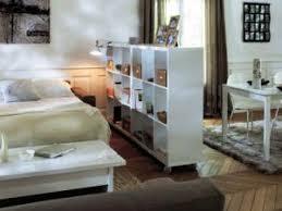 comment cr馥r une chambre dans un salon petits espaces aménager un coin chambre dans salon par