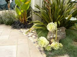 Succulent Rock Garden by How To Choose Boulders For Any Garden The Human Footprint