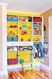 kinder schlafzimmer kinderzimmer kinderkleiderschrank kommt mit kinder schrank ideen