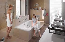 si e baignoire adulte agencer une salle de bains avec une et une baignoire