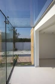Glass Wall Design by Bahrain House By Moriq