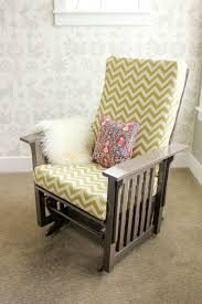 Rocking Chair Glider For Nursery by Best 25 Glider Chair Ideas On Pinterest Recover Glider Rockers