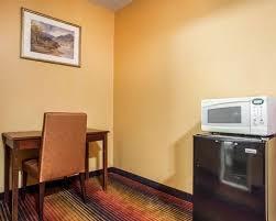 Comfort Inn Jersey City Rodeway Inn Hotel In Jersey City Nj Near Metlife Stadium