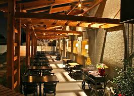 outdoor fine dining patio hospitality lighting of becketts table