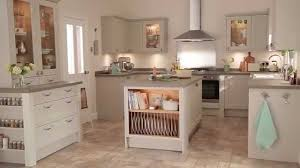 Kitchen Cabinet Joinery Burford Cashmere Traditional Kitchen From Howdens Joinery Youtube