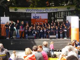 Sparkasse Salzgitter Bad Altstadtfest In Salzgitter Bad Läuft Friedlich Und Entspannt