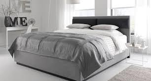 Schlafzimmer Mit Betten In Komforth E Das Tempur Duet Bett In Bicolor Optik Tempur De