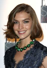 short hair cuts for women in late twentys best hairstyles for long face shapes 20 flattering cuts short