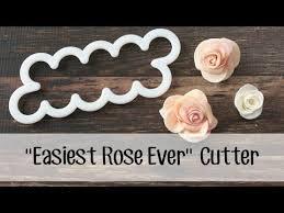 best 25 fondant flower cake ideas on pinterest fondant flowers