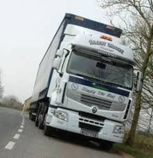 renault premium barry moore haulage goes for renault premium commercial motor