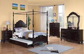 Ashley Bedroom Furniture Reviews Dumont Canopy Bed Reviews Embly Instructions Rooms To Go King