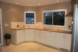 peindre les meubles de cuisine peindre une cuisine peinture meuble cuisine couleur la