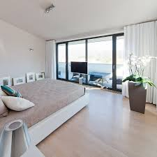 Laminate Flooring Corners Beautiful Bedroom Decpration At The Modern Residence With Concrete