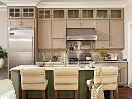 Kitchen Cabinets To The Ceiling by Best 10 Cabinets To Ceiling Ideas On Pinterest White Shaker In