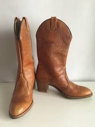light colored cowgirl boots vintage shoes women s 80 s light brown leather cowgirl boots size 5