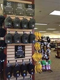 Barnes And Nobles Richmond Va Barnes U0026 Noble College U0027throws Its Hat U0027 Into Program Helping