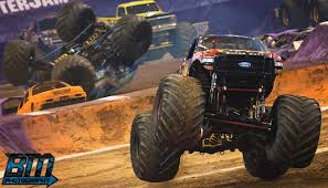 houston monster truck show 2015 stone crusher hits the halfway mark of the season in st louis