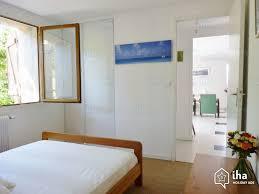 chambres d h es cassis location appartement dans une villa à cassis iha 72490