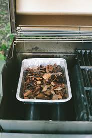 how to smoke on a gas grill using wood chips