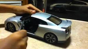 nissan gtr youtube review nissan gtr r35 die cast premium edition review youtube