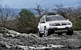 renault duster white carnation auto blog why renault duster is so popular in india
