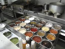 multi cuisine meaning how do restaurant chefs manage to serve dishes to