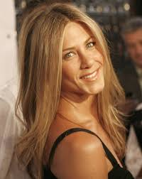 jennifer aniston u0027s hair evolution proves she u0027s never had a bad