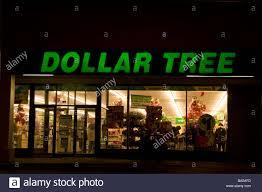 the dollar tree store stock photos u0026 the dollar tree store stock
