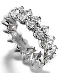 de beers engagement rings wedding bands for the bride martha stewart weddings