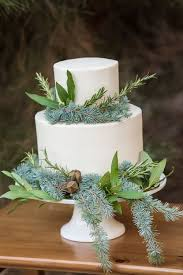 wedding cake greenery 20 purely beautiful wedding cakes with greenery weddingomania