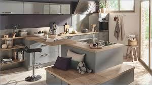 cuisine ouverte sur salon decoration cuisine americaine salon mobokive org