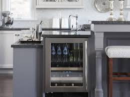 How To Level Kitchen Base Cabinets Kitchen Island Bars Pictures U0026 Ideas From Hgtv Hgtv