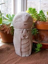 Cement Garden Decor Pinterest U0027teki 25 U0027den Fazla En Iyi Concrete Statues Fikri Melek