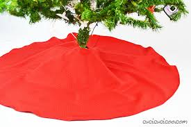 christmas skirt how to make a christmas tree skirt from a tablecloth cucicucicoo