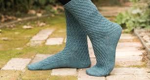 knitting pattern for socks using circular needles knitting socks toe up vs cuff down