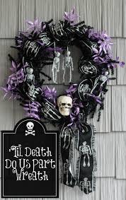easy halloween wreath 57 halloween wreath ideas inspirationseek com