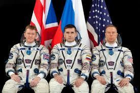 soyuz parachutes to safe landing u2013 space station crew returns